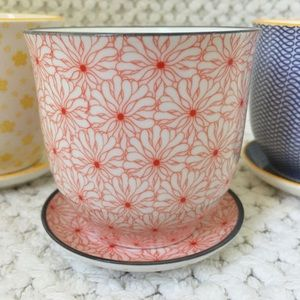 Chive Liberte Pot & Saucer in Red Flowers Pattern